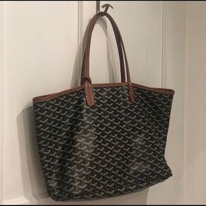RELISTED: Tote